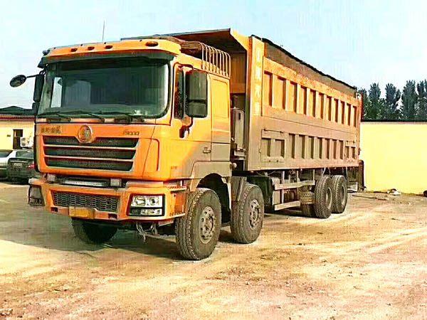 八米五德龙自卸车,国4排放375bob客户端